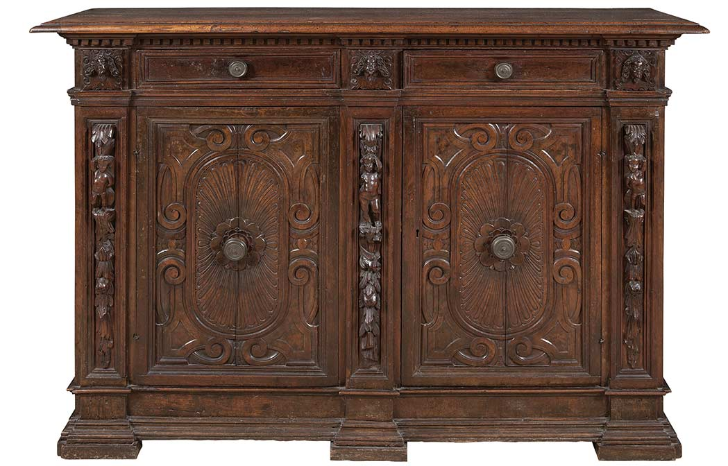 Italian renaissance credenza for Meuble for french furniture