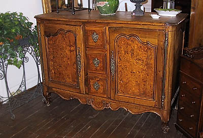 French Accents Antique Furniture