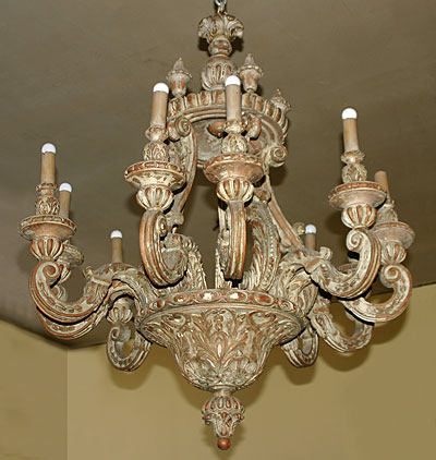 Italian, Baroque style, painted pine, ten-light Chandelier