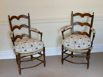 Pair of Provençal ladder-back fauteuils