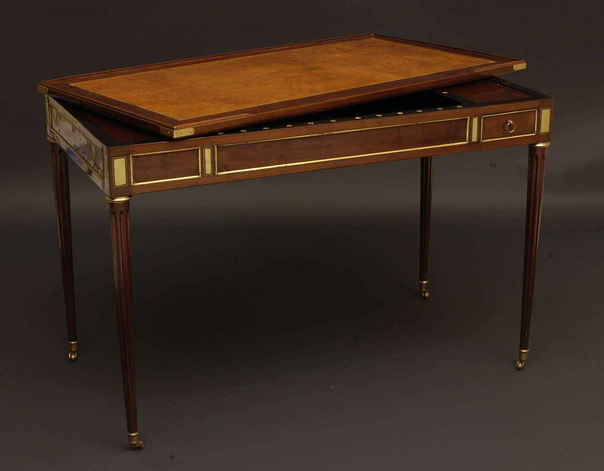 Very fine, French, Louis XVI period tric-trac table
