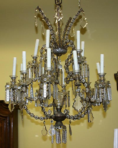 Venetian, Louis XV style, gilt metal and cut crystal chandelier