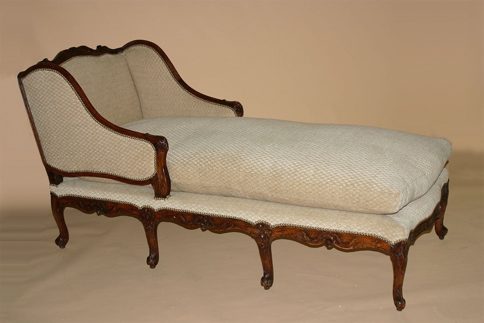 french louis xv period chaise longue. Black Bedroom Furniture Sets. Home Design Ideas