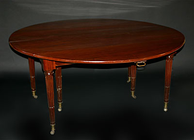 Very fine, Parisian, Neoclassical period, drop-leaf banquet table