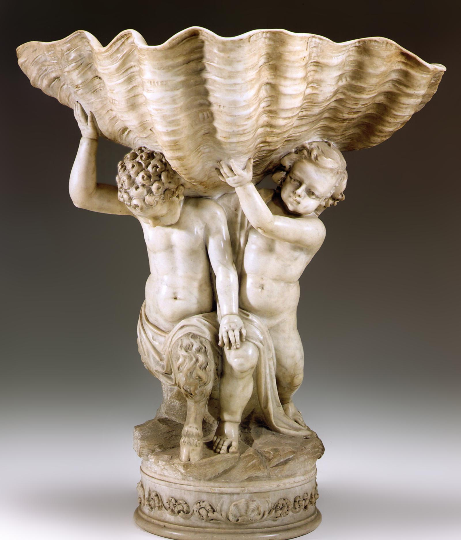 Very fine, Italian, sculpted marble fountain base of large dimensions