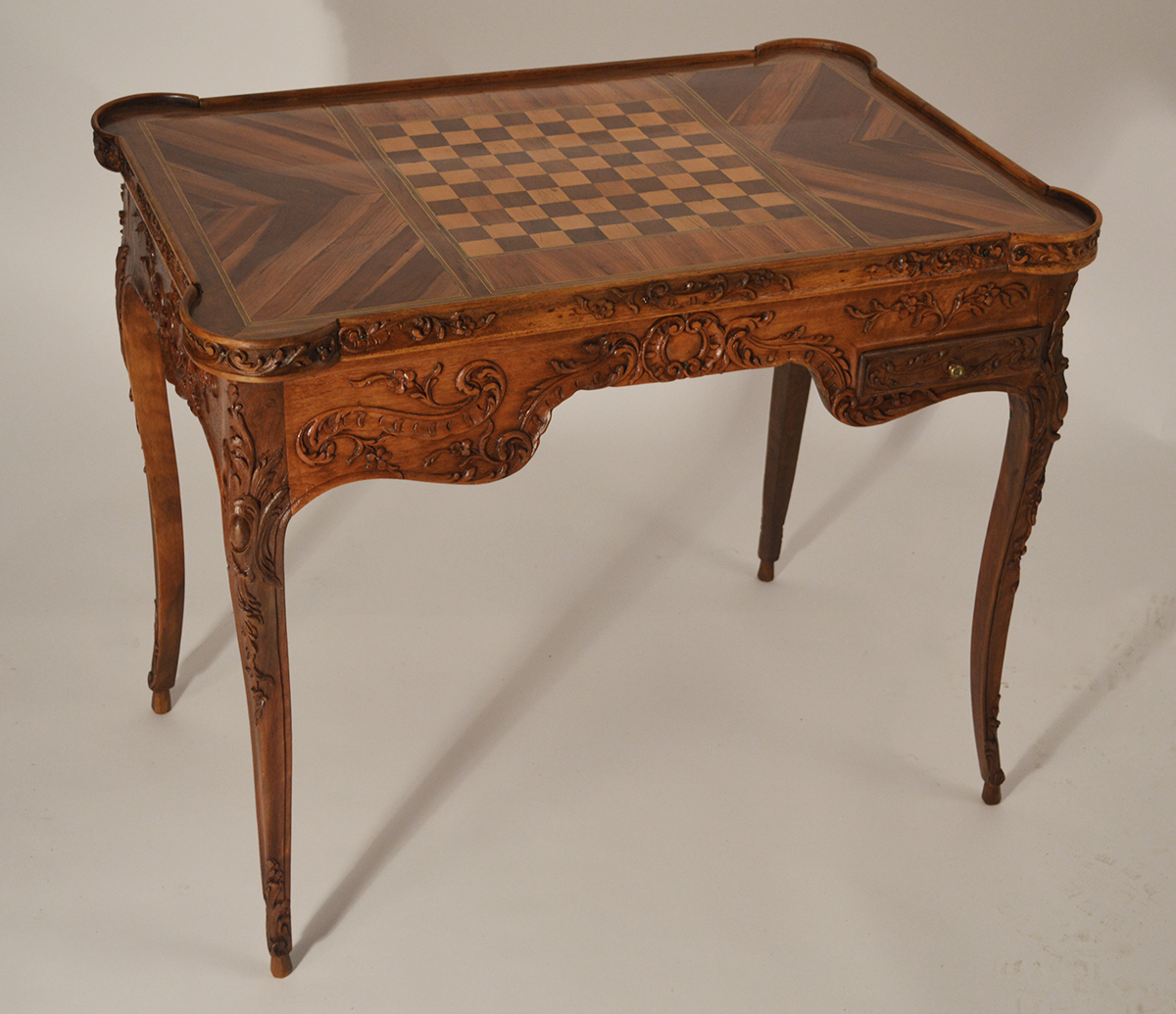 Fine, Louis XV style tric-trac table