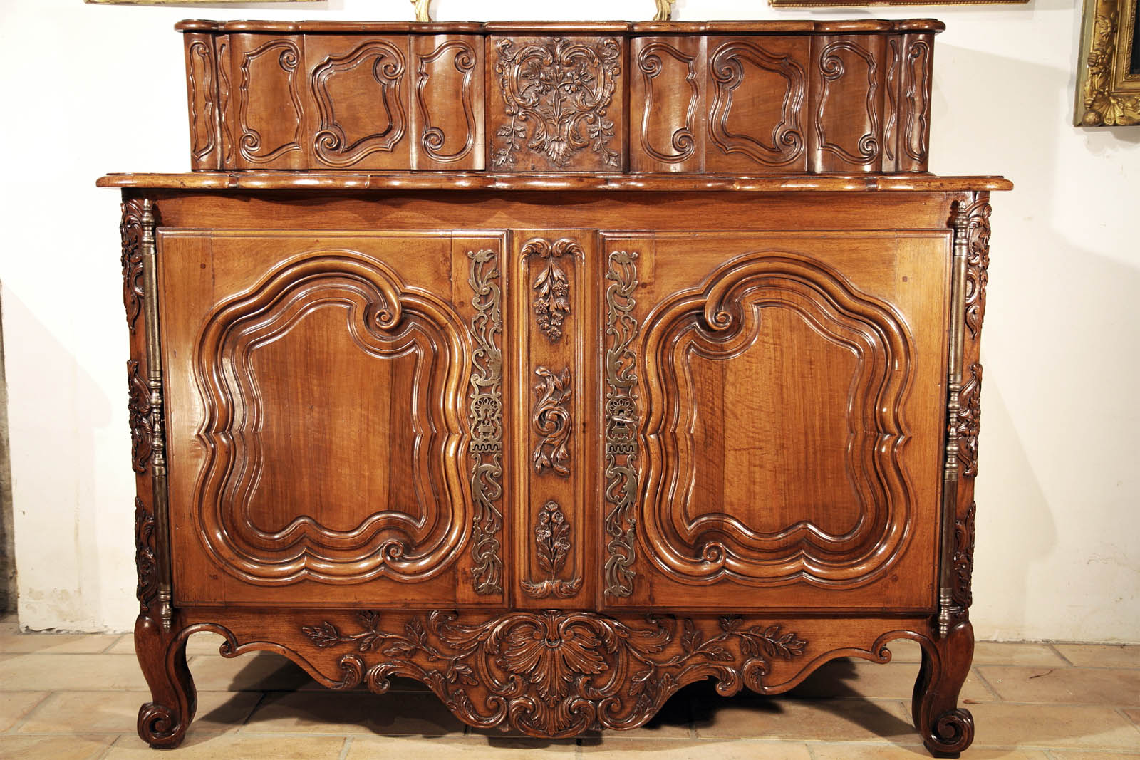 Extraordinary Louis XV period buffet á glissant